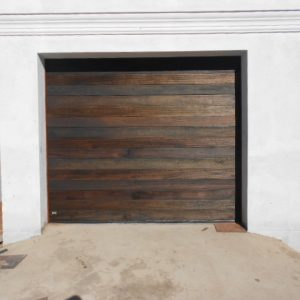 Single Grooved Door